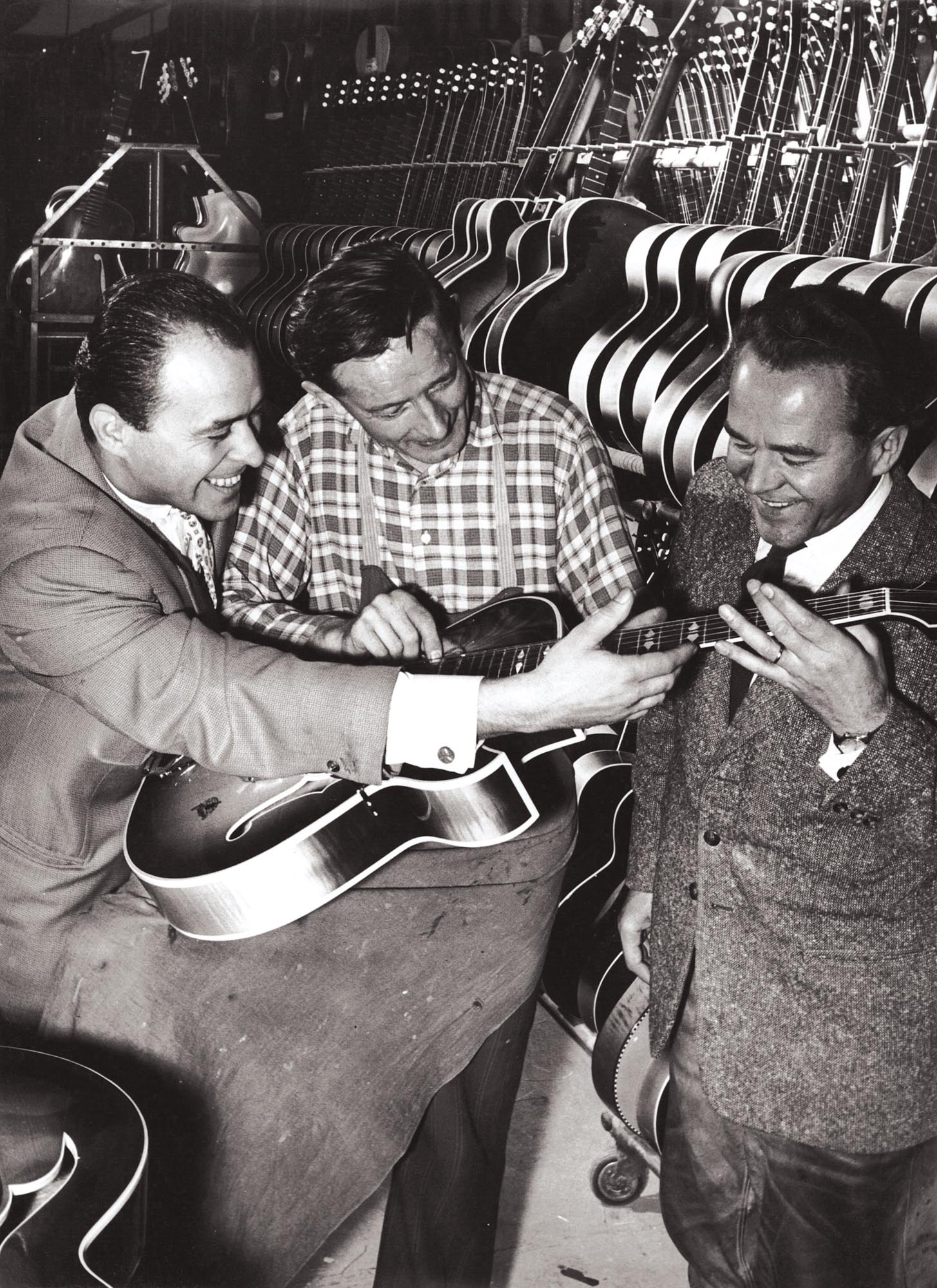 - Fred Wilfer (right) in his element: In 1958, a new guitars model was created with jazz icon Attila Zoller (left) and guitar builder Richard Müller (middle)
